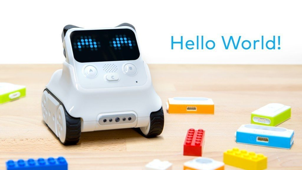 Smart Robot for Beginner Coding and AI Learning
