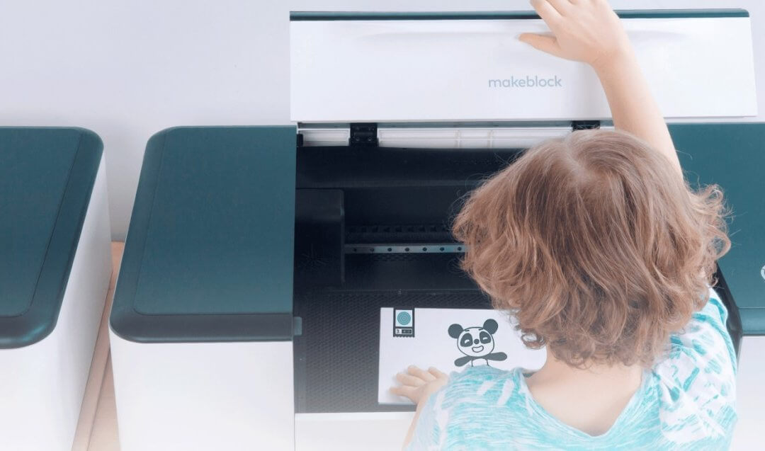 Choosing A Kid-Friendly Home Laser Cutter Machine